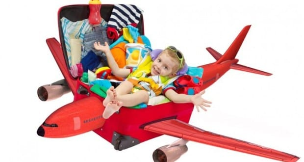 How-to-keep-children-happy-during-a-plane-journey-e1421273907678